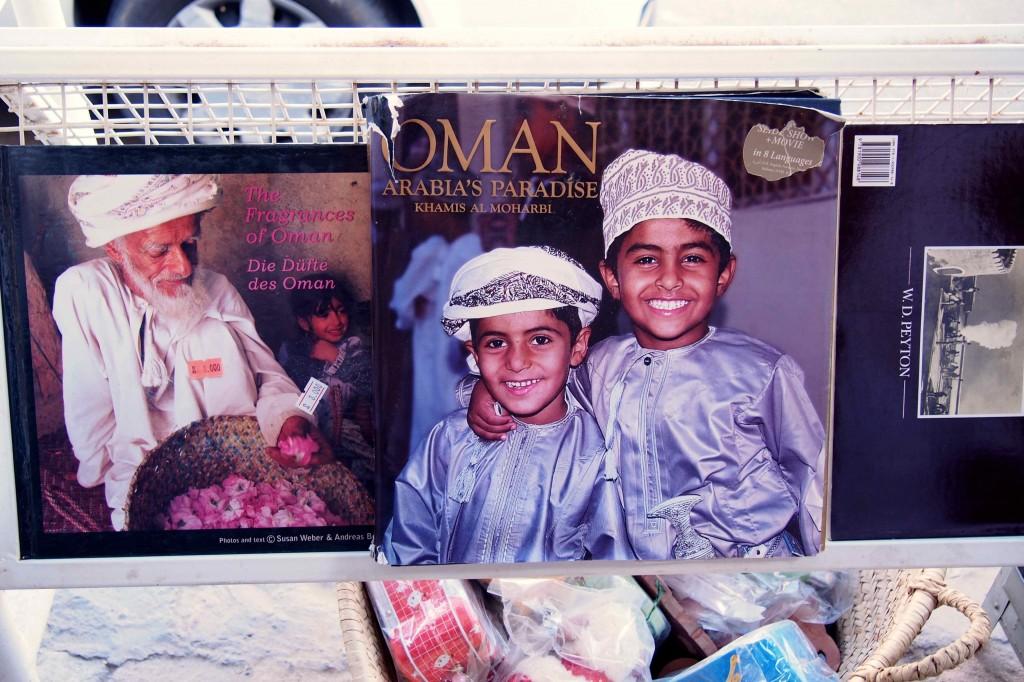 Oman : book