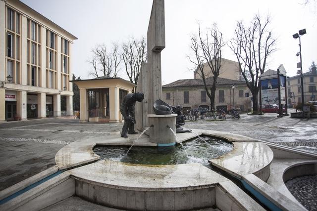 monumento al tortellino Fini
