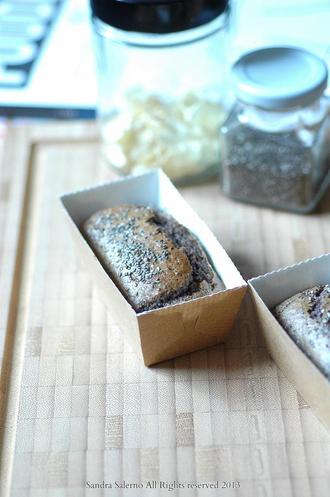 Mini cake con farina di topinambur castagne e riso venere nero