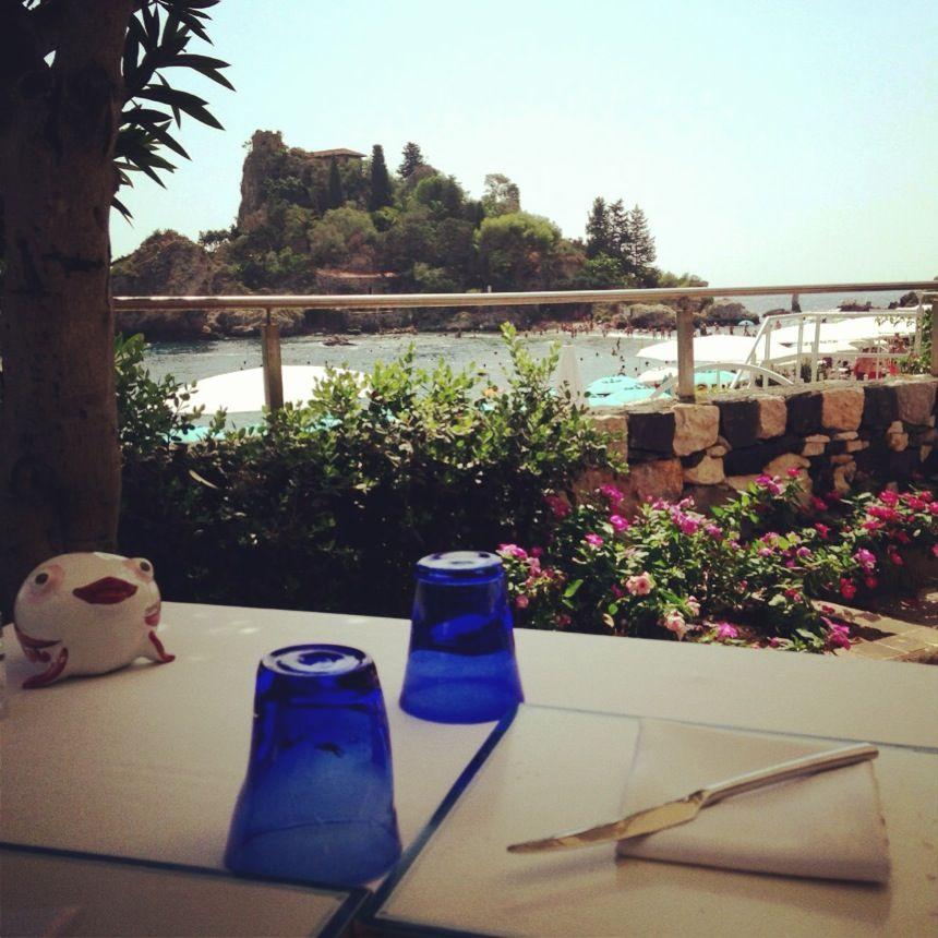 Tavolo vista mare Taormina