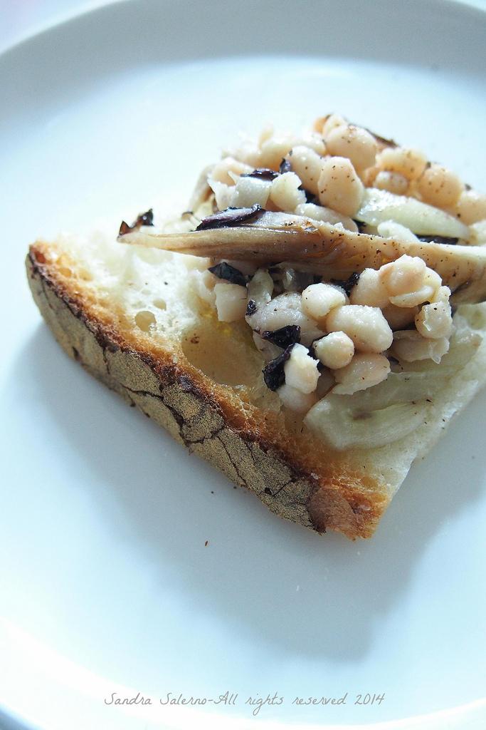 crostone con fagioli zolfini