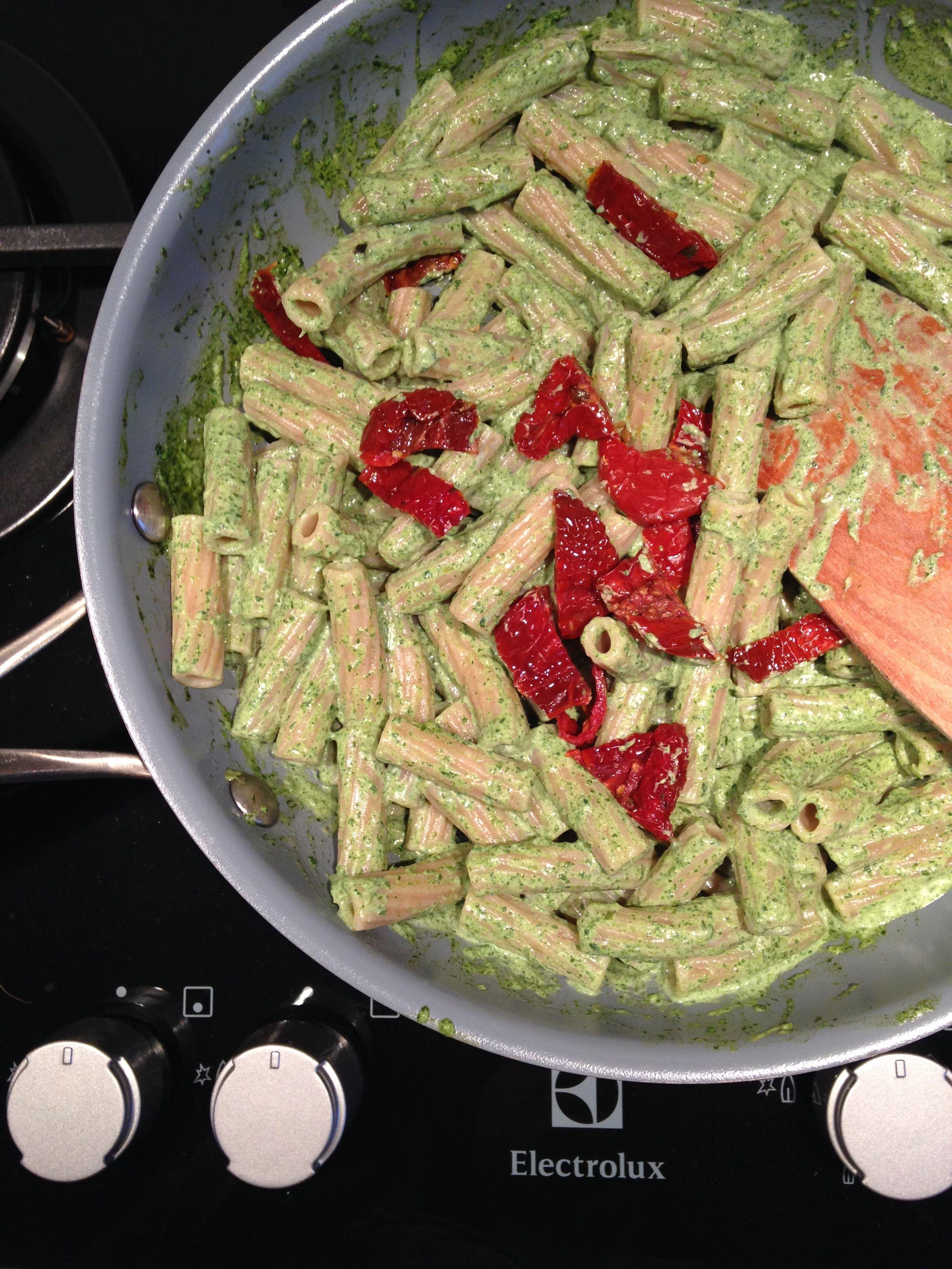 Rigatini di Farro Monograno con crema di asparagi  #Veganstyle