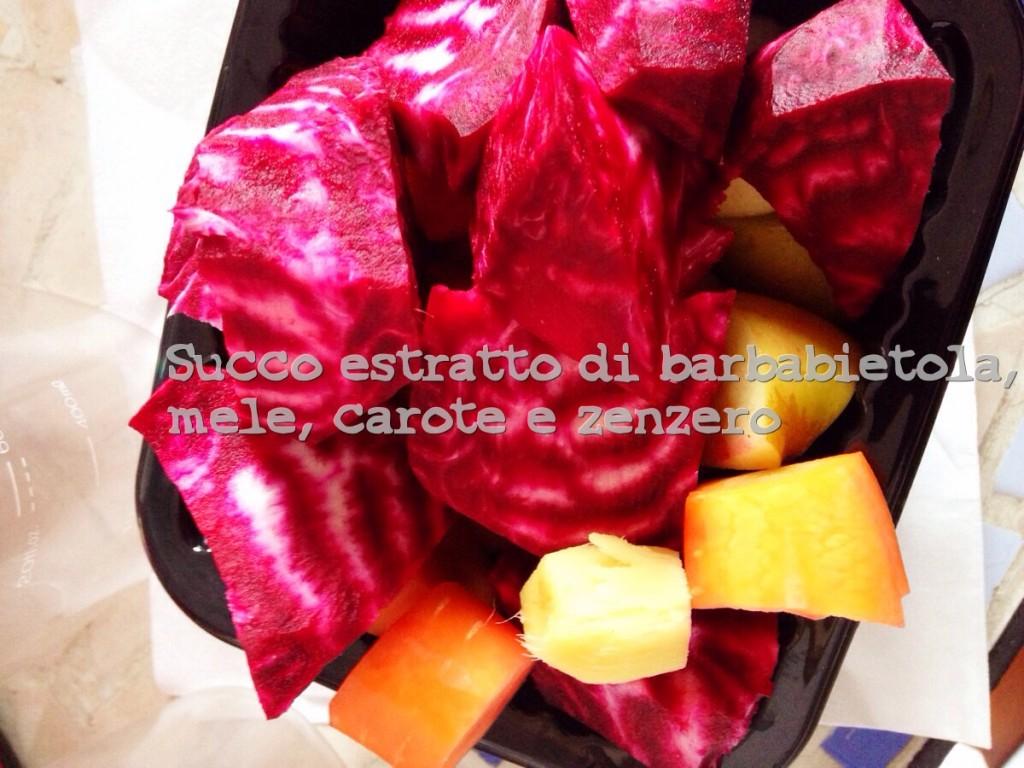 succo estratto di barbabietola, carote, mele e zenzero