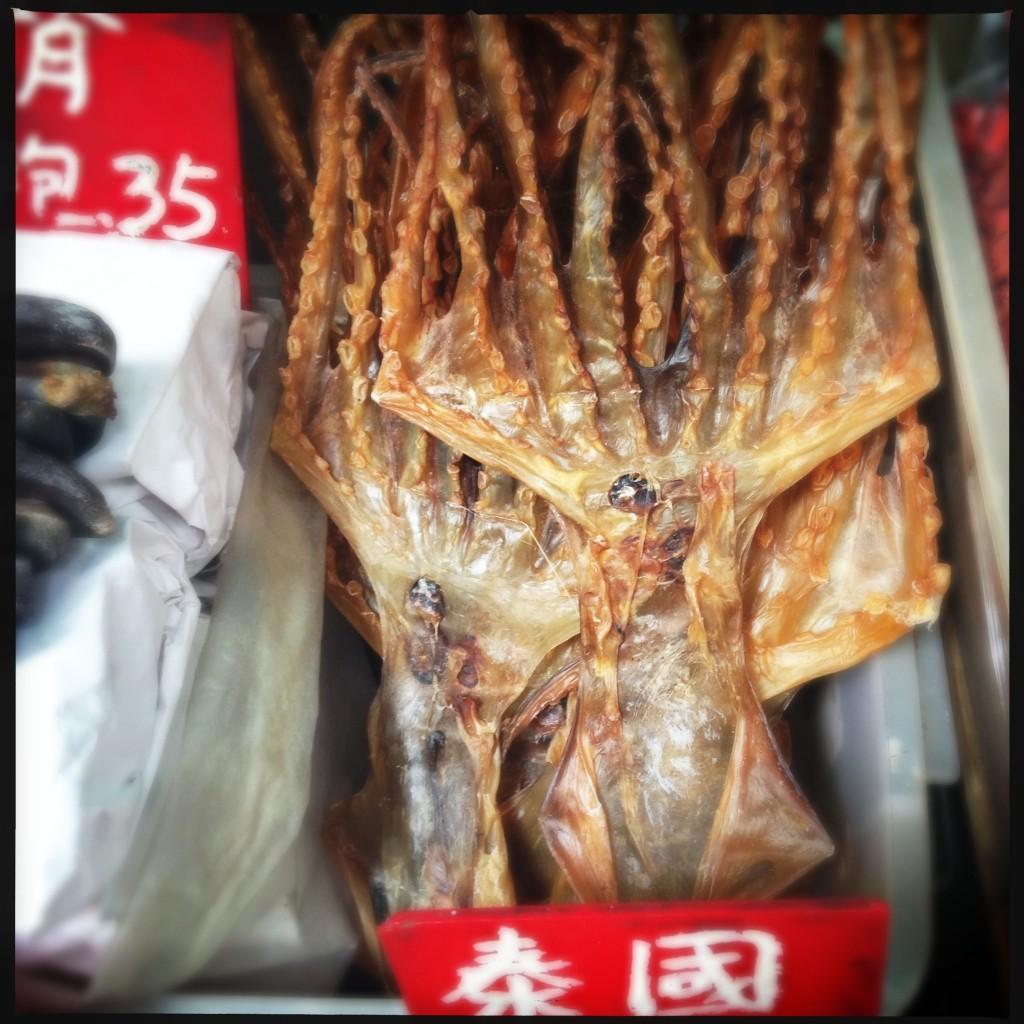Calamari essiccati mercato Hong Kong