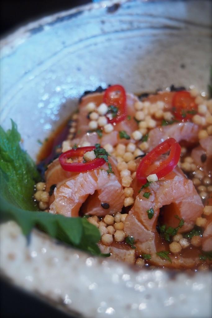 Salmone-marinato-chili-Zuma-HK