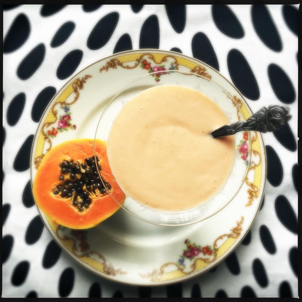 Cremoso di papaya con yogurt e latte di soia granarolo