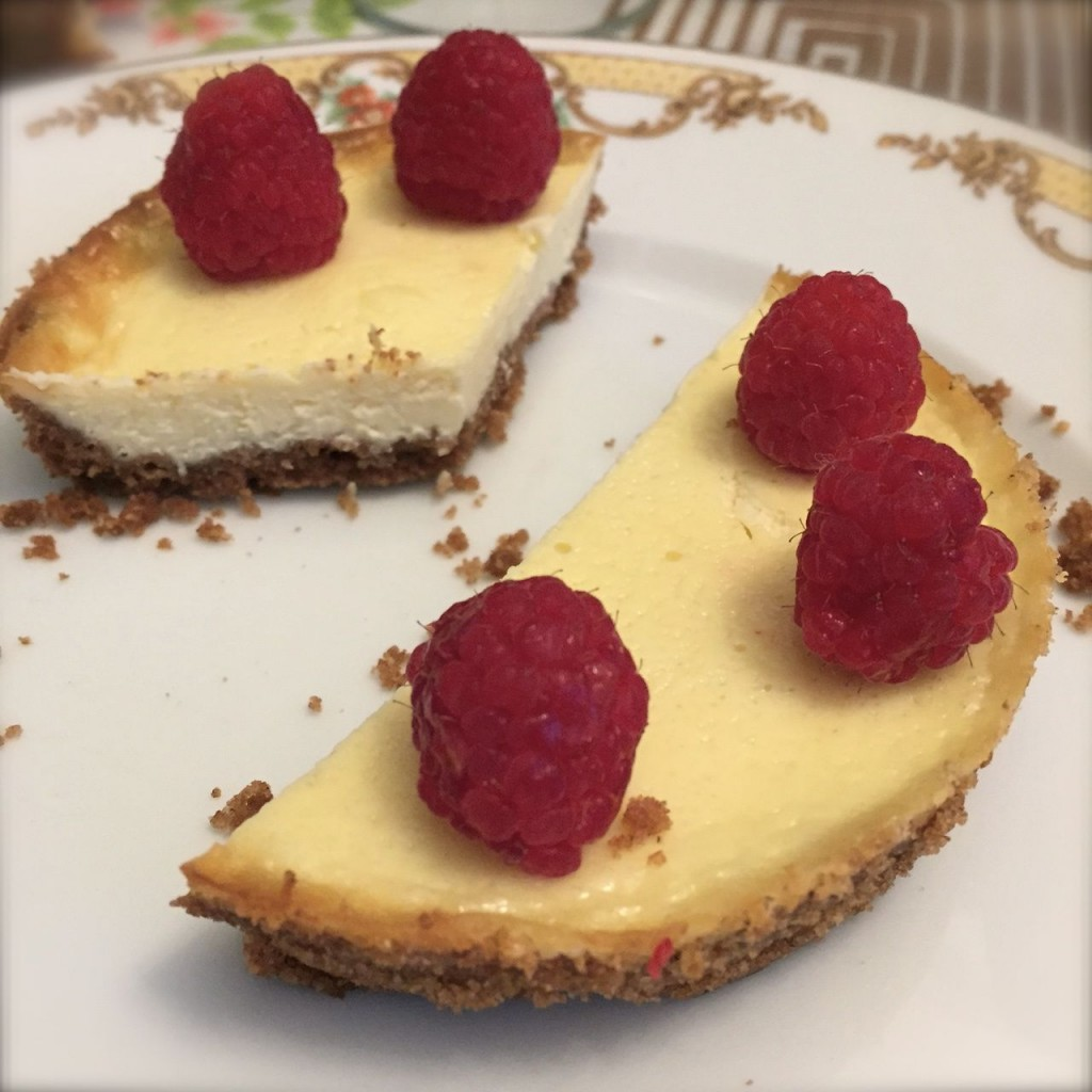 mini cheesecakes ai lamponi