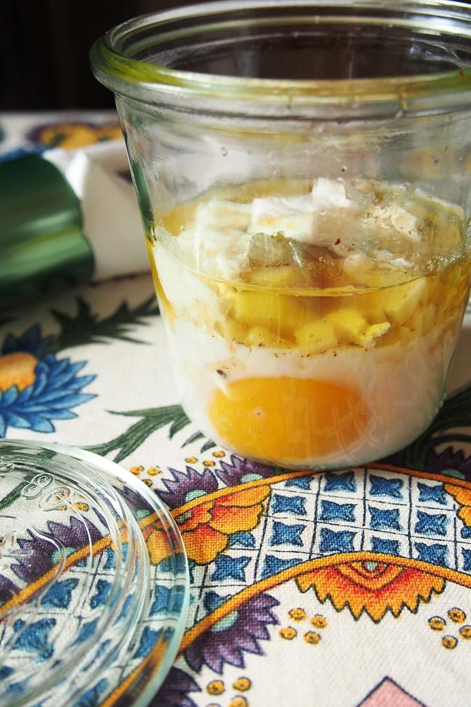 Uovo in vasocottura con patate olio alla noce e brie