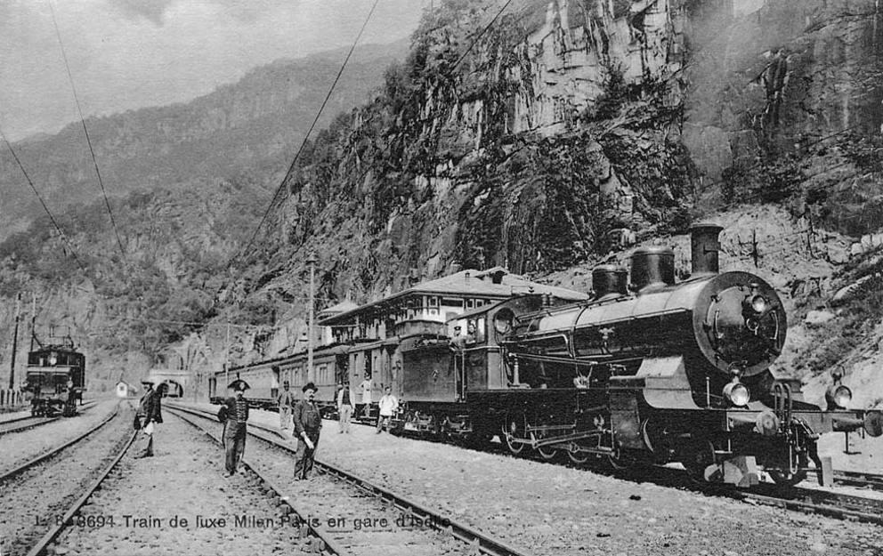 Simplon_express_tunnel_del_sempione_valico_d_iselle_1906