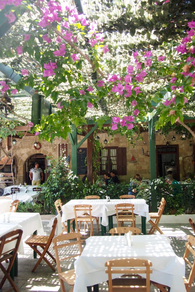 Rodi restaurant Nireas