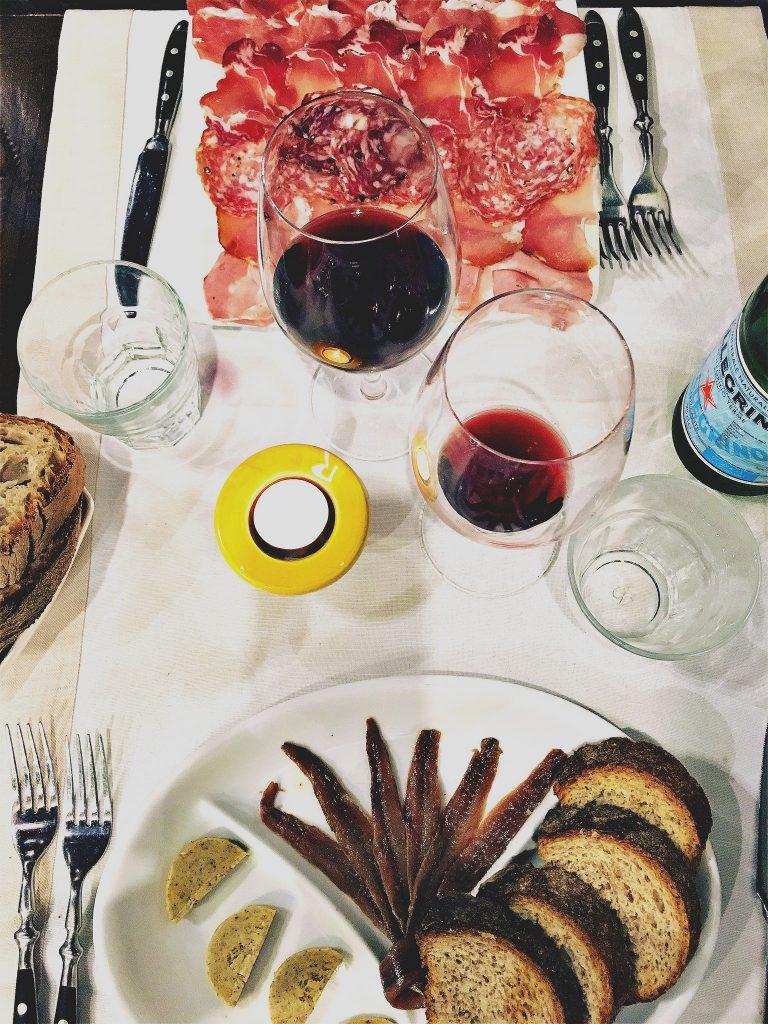 roscioli-acciughe-del-cantabrico-e-selezione-salumi-italiani