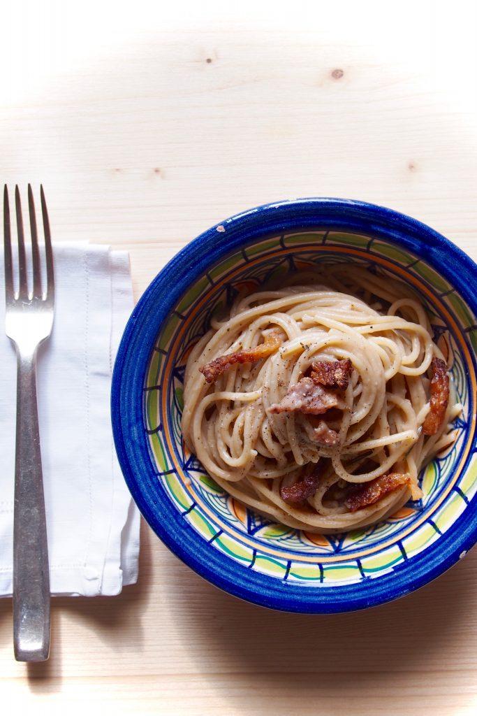 Spaghetto integrale Liguori con crema di castagne e guanciale