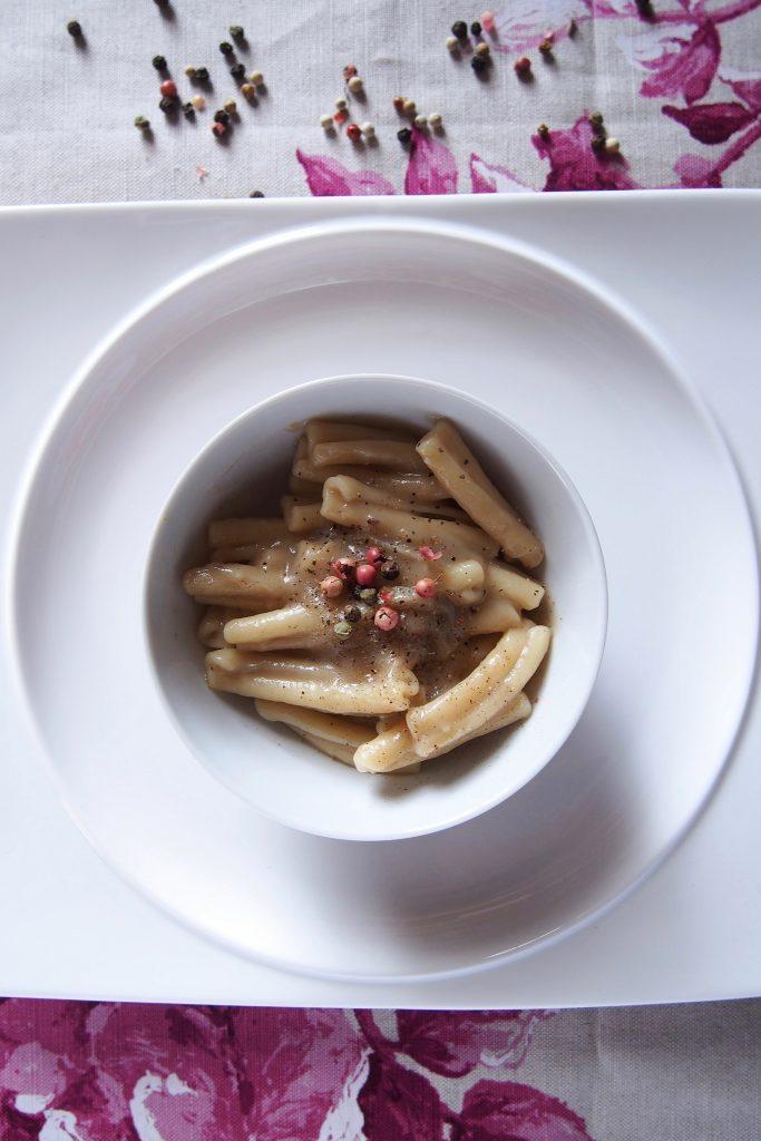 caserecce Liguori di semolato biologico con crema di topinambur